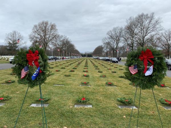 Sun Logistics Supports Wreaths Across America on Long Island